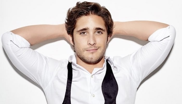 Diego Boneta publica video presumiendo el bultawers